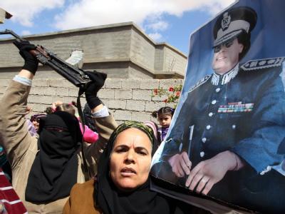 Im September eroberten libysche Rebellen Bani Walid. Nun haben Gaddafi-Treue wieder die Macht in der Wüstenstadt übernommen. Foto: Mohamed Messara /Archiv