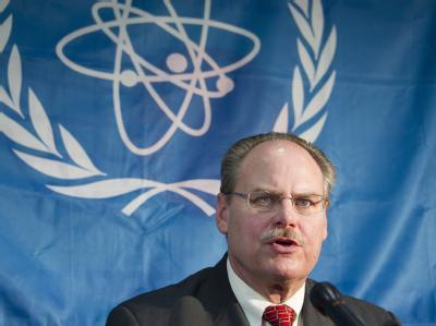 James Lyons, Chef der IAEA-Expertengruppe, präsentiert die Ergebnisse zu Japans Atomsicherheitstests. Foto: Everett Kennedy Brown