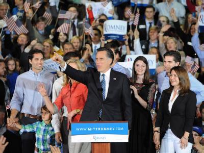 Der Republikaner Mitt Romney feuert vor Anhängern seinen Sieg in Florida. Foto: Erik S. Lesser