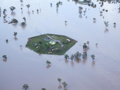 Ein Anwesen in Moree ist zur Insel geworden. Foto: Brian Harvey