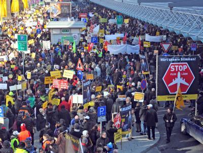 Protest gegen Flugl�rm in Frankfurt