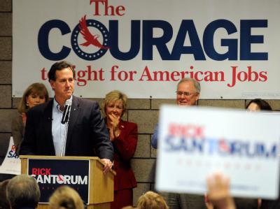 Rick Santorum spricht in Blaine, Minnesota. Foto: Graig Lassig
