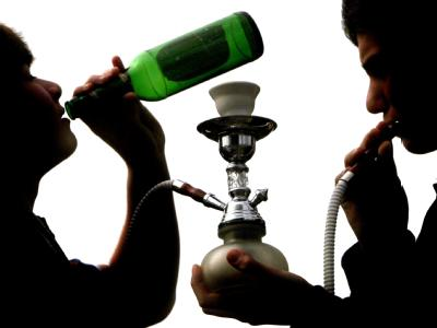 Der Suchtmittelkonsum von Jugendlichen wird regelmäßig in Studien untersucht. Foto: Martin Gerten/ Archiv