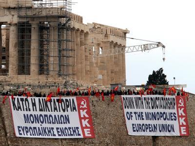 Protestplakat an der Akropolis