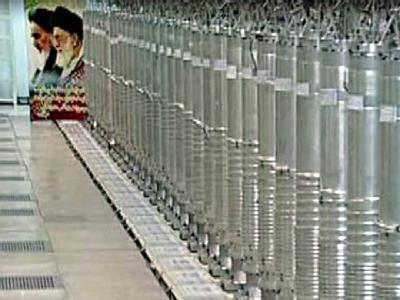 Zentrifugen in der Atomanlage in Nathans. Foto: Screenshot vom iranischen Fernsehen IRIB vom 15.02.2012