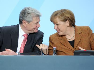 Bundeskanzlerin Angela Merkel mit Joachim Gauck. Foto: Britta Pedersen
