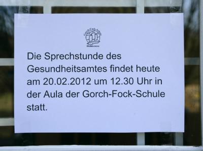Die Schule informierte die besorgten Eltern und Schüler. Foto: Daniel Bockwoldt