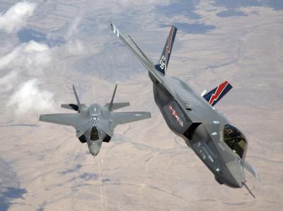 F35 Kampfflugzeuge von Lockheed Martin: Das US-Unternehmen steht mit Verkäufen im Wert von rund 35,7 Milliarden Dollar weltweit an der Spitze der Rüstungskonzerne.Foto: Tom Reynolds