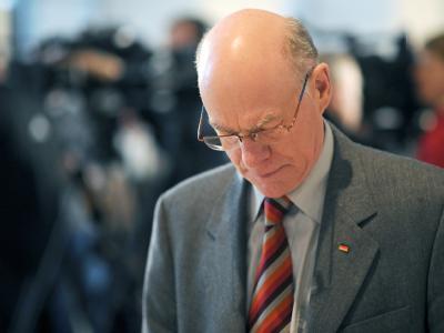 Bundestagspräsident Norbert Lammert (CDU) muss sich mit dem Urteil des Bundesverfassungsgerichts abfinden. Foto: Hannibal