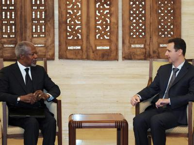Der UN-Syrienbeauftragte Kofi Annan bei Syriens Präsident Assad. Foto: Syrian Arab News Agency SANA