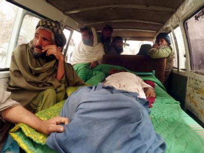 Opfer des Amoklaufs: Der US-Soldat, der in Afghanistan 16 Zivilisten getötet haben soll, stand Medienberichten zufolge unter Stress und Alkoholeinfluss. Foto: Mustafa Khan