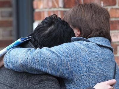 «Das ist ein sehr trauriger Tag für ganz Belgien.» Allen Opfern und deren Angehörigen werde geholgen, ließ der belgische Premierminister Elio Di Rupo mitteilen. Foto: Olivier Hoslet
