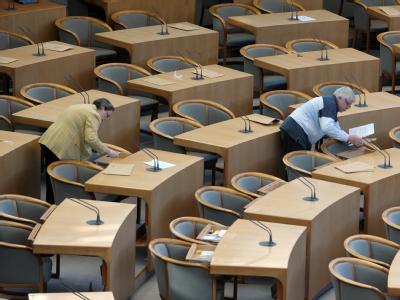 Verwaister Landtag: In Nordrhein-Westfalen geht nach dem Ende der rot-grünen Regierung die Sorge vor Stillstand um. Viele Reformen liegen auf Eis. Foto: Federico Gambarini