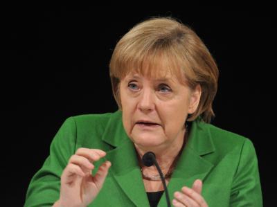 Bundeskanzlerin Angela Merkel will wissen, was das Volk bewegt. Foto: Andreas Gebert/Archiv