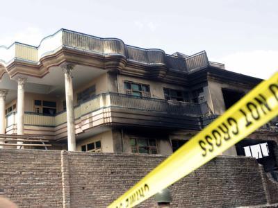 Beim Absturz eines Militärhubschraubers in ein Wohnhaus in der afghanischen Hauptstadt Kabul sind mehrere Menschen getötet worden. Foto: Jawad Jalali