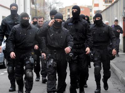 Franz�sische Elitepolizisten