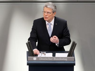 Bundespräsident Joachim Gauck hält seine erste wichtige Rede als Bundespräsident vor Vertretern von Bundestag und Bundesrat. Foto: Michael Kappeler
