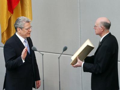 Bundespräsident Joachim Gauck legt den Amtseid ab. Foto: Michael Kappeler