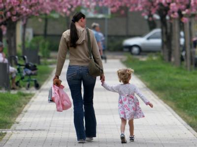 Studie: Bindung zwischen Müttern und Töchtern am intensivsten