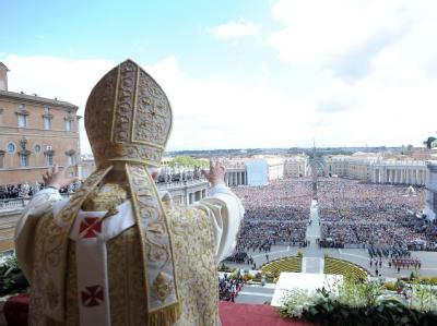 Papst spendet Ostersegen