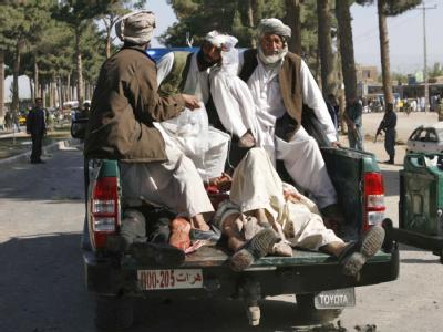 Nach dem Selbstmordanschlag: Die Provinz Herat galt bisher als vergleichsweise friedlich. Foto: Jalil Rezayee
