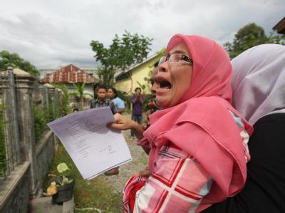 Flucht vor möglichem Tsunami