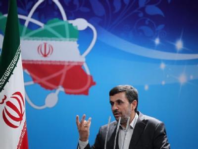 Irans Präsident Ahmadinedschad schickt Unterhändler nach Istanbul, um eine friedliche Lösung des Streits über das iranische Atomprogramm zu suchen. Foto: Presidential official website