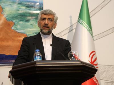 Irans Chefunterhändler Said Dschalili verkündet in Istanbul die Ergebnisse der Gespräche. Foto: epa/str