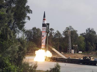 Nur von den fünf ständigen Mitgliedern im Weltsicherheitsrat ist bekannt, dass sie atomwaffenfähige Interkontinentalraketen besitzen. Die Atommacht Indien will jetzt Teil des exklusives Clubs werden. Foto: Str