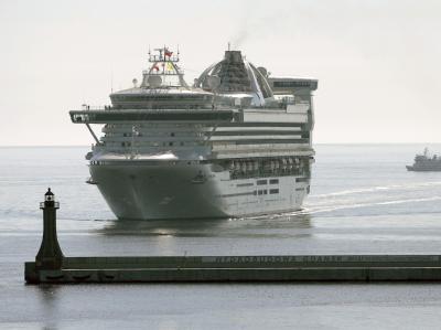 Das Kreuzfahrtschiff Star Princess hätte Schiffbrüchigen vor Panama vermutlich das Leben retten können. Doch er setzte seinen Kurs fort, obwohl Passagiere Alarm schlugen. Foto: Adam Warzawa