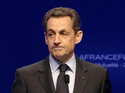 Frankreichs Präsident muss nun um die Gunst der Rechten buhlen. Foto: Christophe Karaba