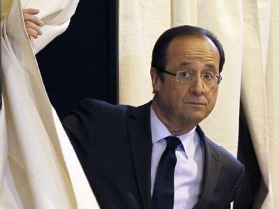 «Frankreich kann sich nicht nochmals fünf Jahre täuschen lassen.» twitterte Francois Hollande. Foto: Christophe Ena/POOL MAXPPP