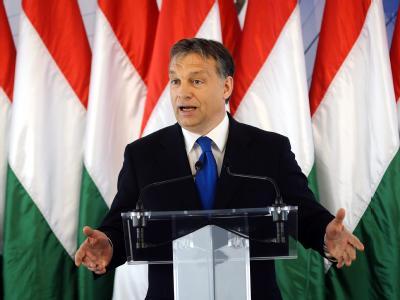 Der ungarische Ministerpräsident Viktor Orban hält eine Rede in Debrecen. Foto: Zsolt Czegledi/Archiv