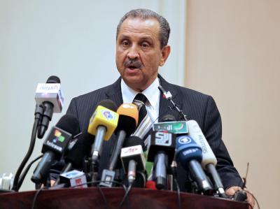 Der damalige libysche Ölminister Schukri Ghanim am 19.03.2011 auf einer Pressekonferenz in Tripolis: Jetzt wurde seine Leiche in der Donau bei Wien entdeckt. Foto: Mohamed Messara