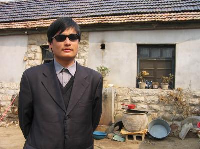 Hatte sich in die US-Botschaft in Peking geflüchtet: Der chinesische Dissident Chen Guangcheng. Foto: /www.ChinaAid.org