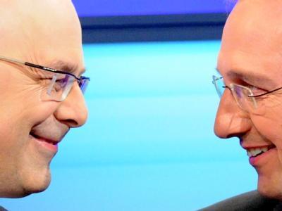 Die Spitzenkandidaten der Schleswig-Holstein-Wahl: Torsten Albig (SPD) und Jost de Jager (CDU,r) . Foto: Carsten Rehder