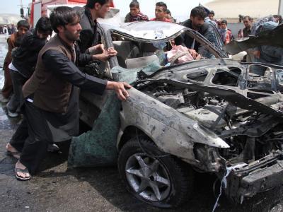 Ein Selbstmordattentäter hat sich in einem Auto vor dem Eingang zu einem von westlichen Ausländern genutzten Gebäudekomplex in die Luft gesprengt. Foto: S. Sabawoon