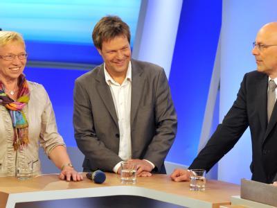 SSW-Spitzenkandidatin Anke Spoorendonk (l-r), der Spitzenkandidat von Bündnis 90/Die Grünen, Robert Habeck, und SPD-Spitzenkandidat Torsten Albig. Foto: Bernd von Jutrczenka