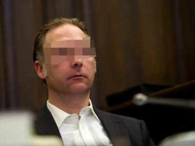 Mit Spannung wurde die erste Aussage des Todesfahrers von Hamburg-Eppendorf erwartet. Erstmals entschuldigt sich der Angeklagte darin bei den Angehörigen der Opfer. Foto: Christian Charisius