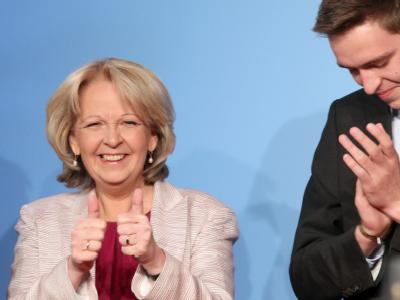 Hannelore Kraft lässt sich in Düsseldorf feiern.  Foto: Michael Kappeler