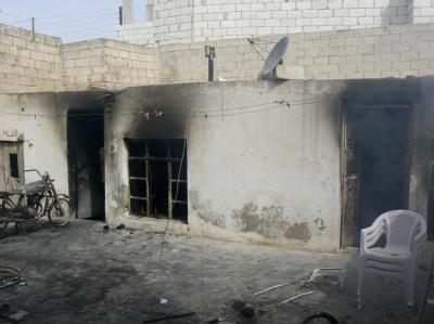 Rußgeschwärzt sind die Wände einer Krankenstation im Bezirk Idlib in Syrien. Die Einrichtung wurde bei einem Angriff im Bürgerkrieg zerstört. Foto:Ärzte ohne Grenzen/Archiv