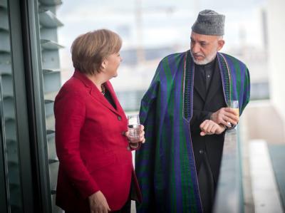 Bundeskanzlerin Angela Merkel und der afghanische Präsident Hamid Karsai im Bundeskanzleramt. Foto: Bundesregierung / Guido Bergmann