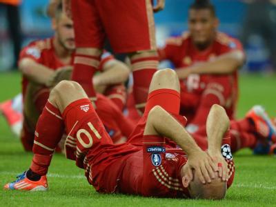 ArjenRobben ist nach dem verlorenen Champions-League-Finale am Boden zerstört. Foto: Marcus Brandt