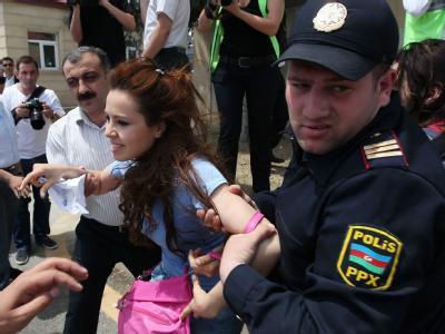 Menschenrechtsorganisationen werfen der Regierung von Präsident Alijew die Unterdrückung der Meinungs- und Pressefreiheit vorFoto: Sergei Ilnitsky