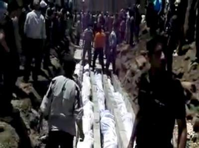 Ein Video-Still von der Beerdigung der Opfer des Massakers von Al-Houla. Foto: Sham News Network