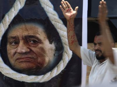 Bei der Präsidentenwahl vergangene Woche blieb etwa die Hälfte der Wähler zu Hause. Doch zu dem Prozess gegen Ex-Präsident Husni Mubarak hat fast jeder Ägypter eine Meinung. Foto: Amel Pain
