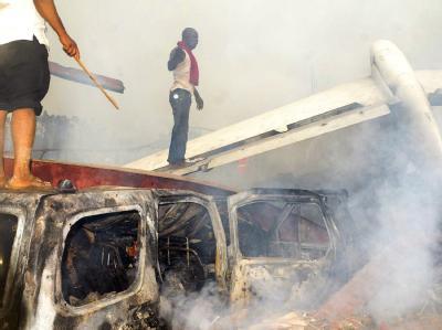 Rauchende Trümmer in der nigerianischen Metropole Lagos. Foto: str