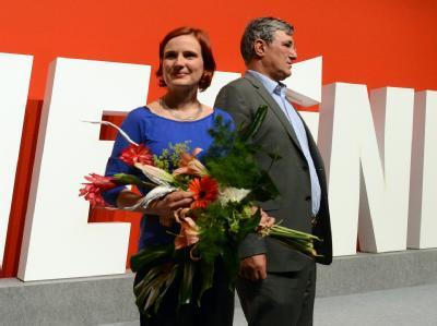 Die neuen Vorsitzenden der Linken: Katja Kipping und Bernd Riexinger. Foto: Jochen Lübke