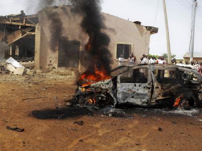 In der nigerianischen Stadt Bauchi hat ein Selbstmordattentäter versucht, mit einem sprengstoffgefüllten Wagen in eine Kirche zu fahren. Foto: STR