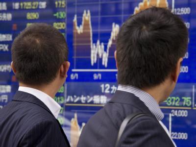 Die Börsen in Asien haben zunächst ihre Talfahrt gestoppt.  Foto: Everett Kennedy Brown